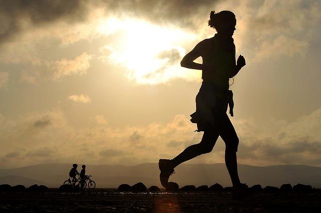 女性ランナー