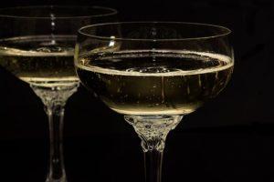 ワイングラス・広い口